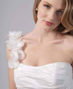 Elegant bridal make-up