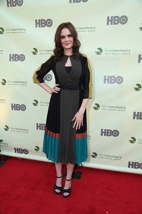 Hot Black Keyhole Tea Length Celebrity Dress