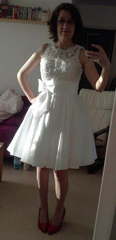 Sexy A Line Taffeta Sleeveless Knee Length Wedding Dress