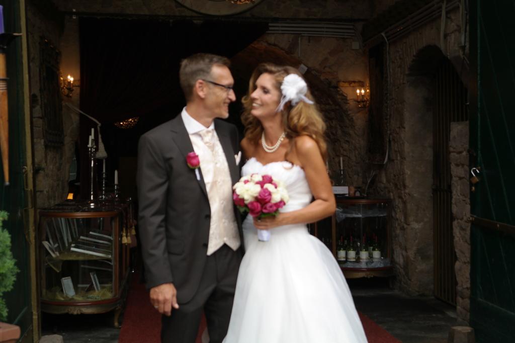 Sweetheart ball gown organza wedding dresses