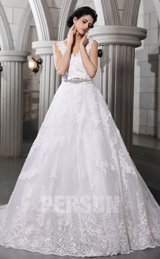 princess-wedding-dress-in-lace