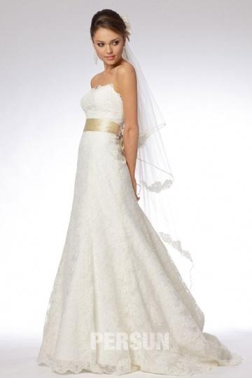 buy affordable lace wedding dresses UK online